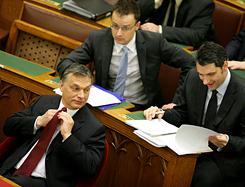 A hármasfogat: Orbán-Lázár-Szíjjártó