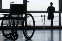 """Rokkantnyugdíjasok tízezrei veszítik el a napokban eddigi """"védettségüket"""" – kerülnek egyetlen tollvonással a munkaerőpiacra. A kormány szerint sok volt a visszaélés, jó részükre igenis szükség van ......"""