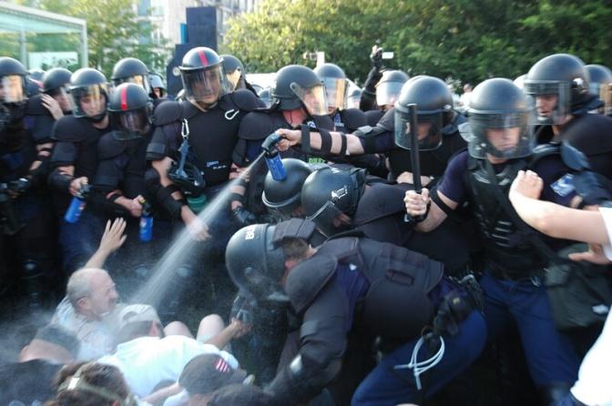 Újabb tíz gárdista győzelme a Bajtársiasság napi rendőri brutalitás miatt