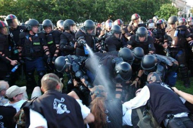 Áttörés: 13 gárdistának közel 10 millió forint kártérítést ítéltek a 2009. július 4-i rendőri erőszak miatt