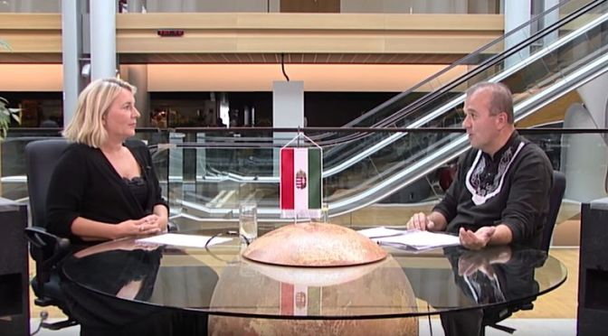 Európa árulóiról – a színfalak mögül: Morvai és Gaudi strasbourgi beszélgetése