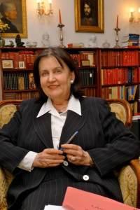 Dr. Eva Maria Barki