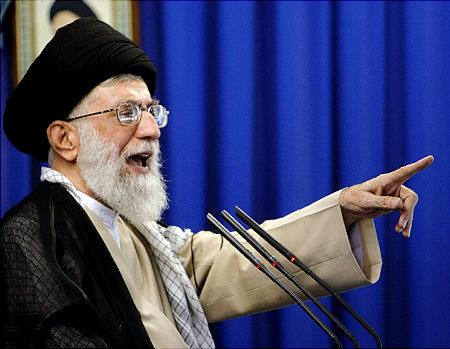 Iran's supreme leader Ayatollah Ali Khamenei: Meghírdeti Isten Bosszúját Szaúd-Arábia ellen.