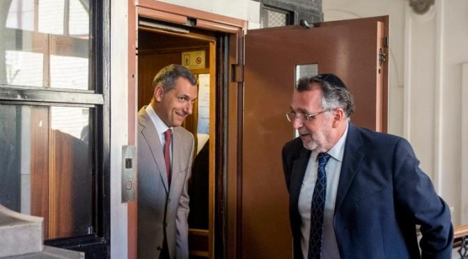 """Heisler András, a Mazsihisz elnök kijelentette: """"Magyarország ahol lakunk, Izrael az, ahol a szívünk van""""."""