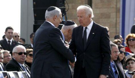 Zsidók egymás között! Egyik Amerikát képviseli, míg a másik Izraelt. És mindketten a közös ügyet, a cionizmust!!! Bibi: Fizetni fogtok ezután is!!!