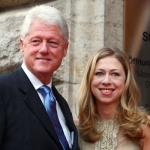 A kép eredeti cime: Bill-with the daughter of Hillary-Chelsea-clinton.