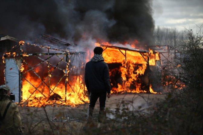 Calais: Vad összecsapások a rohamrendőrök és a ránkvándorlók között