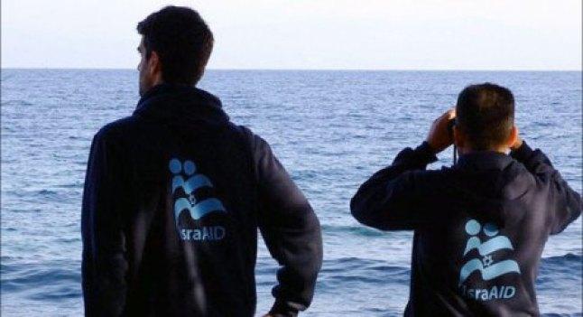 IsraAID-figyelnek-a-tengeren