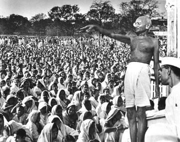 Mahatma Gandhi, 1930