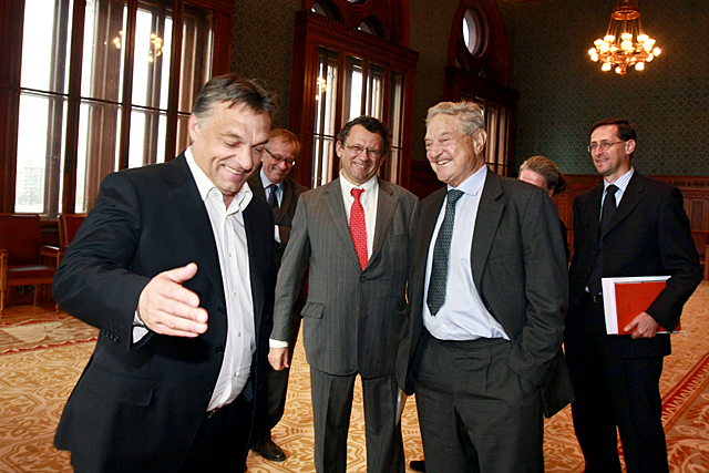 Orbán Viktor mentorával Soros Györggyel