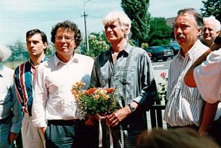 1993-as Szárszói találkozón Orbánt újra, és újra a zsidó PT prominens tagjai között latjuk (hu.wikipedia.org)
