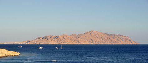 Tiran sziget az Akabai Öböl kijáratát zárja le