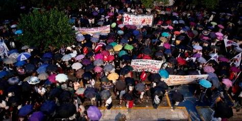 Görög sztrájk. (AP Photo/Petros Giannakouris)