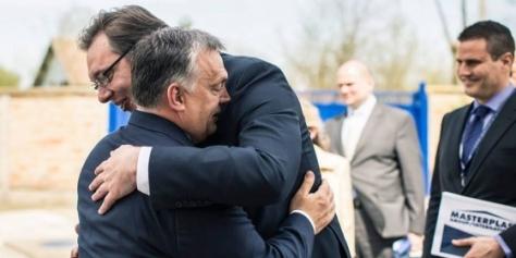 Orbán Viktor: Európának szüksége van Szerbiára. Elég ránézni a térképre, és jól látszik, hogy Szerbiának az Európai Unión belül kellene lennie. Magyarország abban érdekelt és azért dolgozik, hogy Szerbia minél hamarabb tagja lehessen az uniónak!