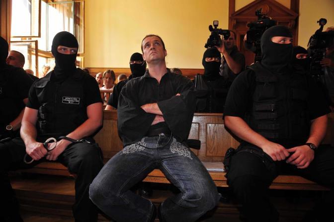 Lassan 10 hónapja nincs írásban a Budaházy-ítélet!