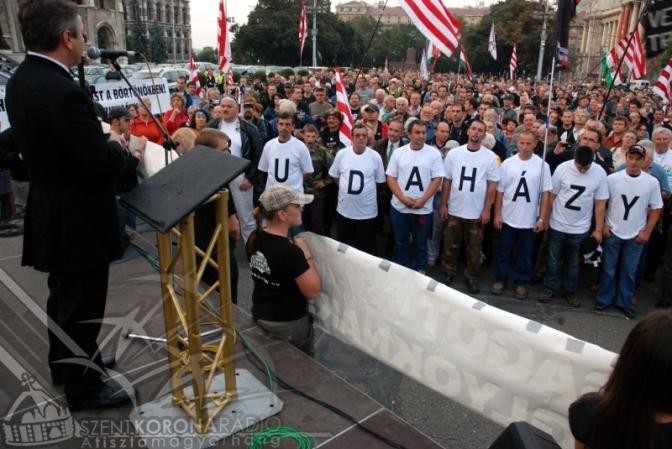 Állami terror: A magyarság ellen BUDAHÁZYÉKON AKARNAK PÉLDÁT STATUÁLNI