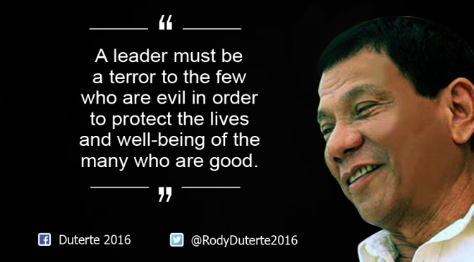 """Duterte kampányának záró mondata: """"Felejtsétek el a törvényeket és az emberi jogokat!"""""""