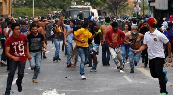 Venezuelai apokalipszis: élelmiszerhiány, fosztogatás, szükségállapot