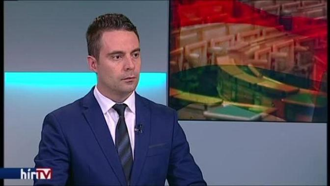 Akár meg is válik Novák Elődtől a Jobbik elnöke