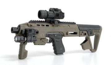 Félautomatává átalakított katonai fegyverek is vásárolhatóak.