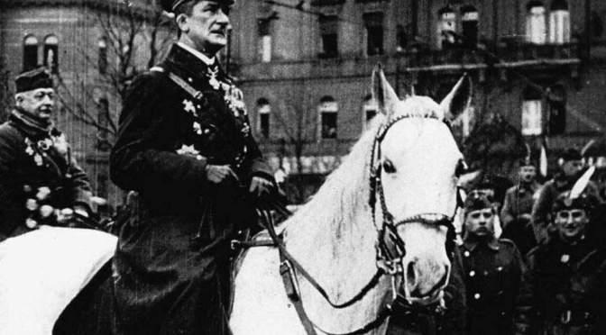 1919 november 16-án Horthy Miklós a Nemzeti Hadsereg élén bevonult Budapestre