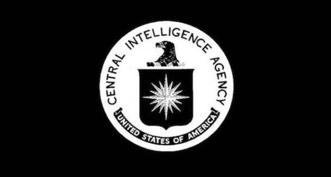 Az USA titkos szolgálatai Trumpot háborúba akarják kényszeríteni Oroszországgal