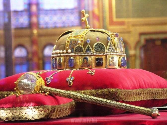 A Szentkorona Eszme igenis alkalmazható a XXI. században (11. tétel)