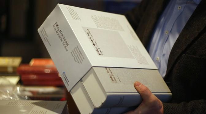 Hitler Mein Kampf-ja Bestsellerré vált Németországban – 85000 példányt adtak el belőle 2016-ban