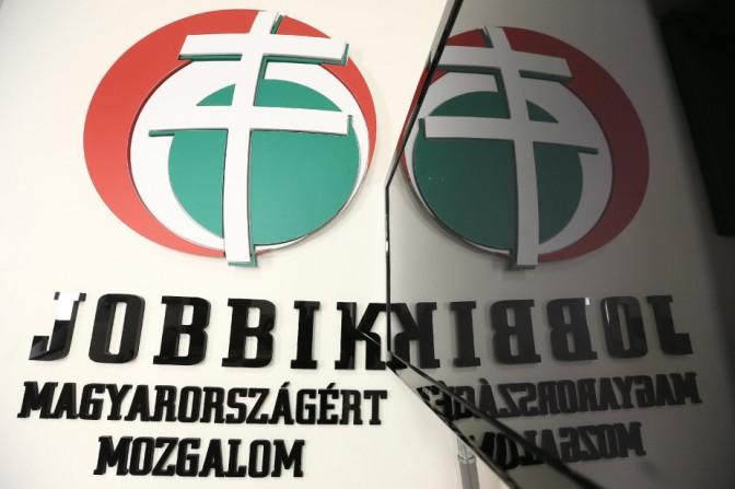 Nőtt a Jobbik és a Momentum támogatottsága