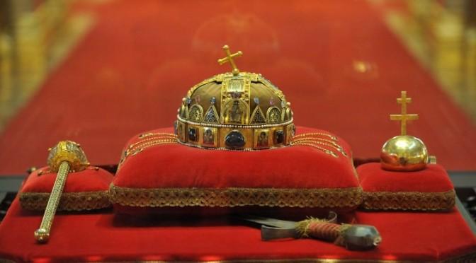 A Szentkorona Eszme igenis alkalmazható a XXI. században (10. tétel)