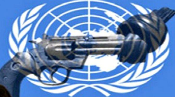 Miként készülnek a politikusaink arra, hogy aláássák az Államok alkotmányának második módosítását az ENSZ miatt (javítva)