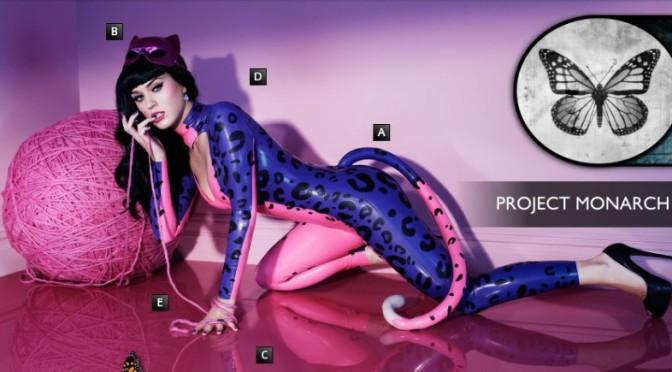 """Katy Perry """"lefagyott"""" – a Monarch-elmeprogramozás programja"""