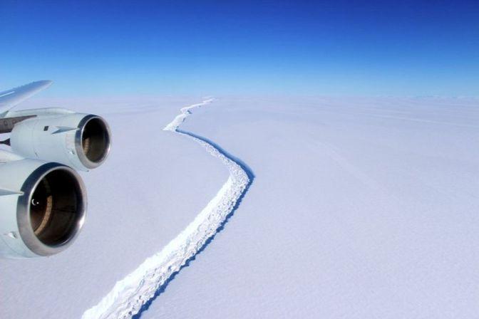 Valóban tragédia? – Levált az óriásjégtömb az Antarktiszról