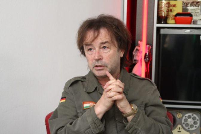 Mansontól félti a magyar fiatalok lelkét Szikora Róbert – NIF kommentárral