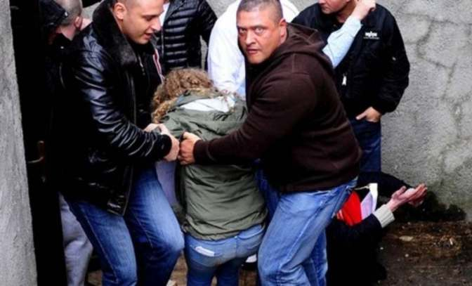 """Kitálalt az emberölésért ült Szőke: """"Felső körökből utasítottak, hogy védjük a Fidesz-székházat, verjük szét a Fradi-edzőt és Kassait"""""""