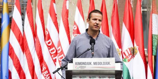 Rossz hír azoknak, akik mást vártak: Nem szakad ketté a Jobbik, Toroczkai is a helyén marad (egyelőre)