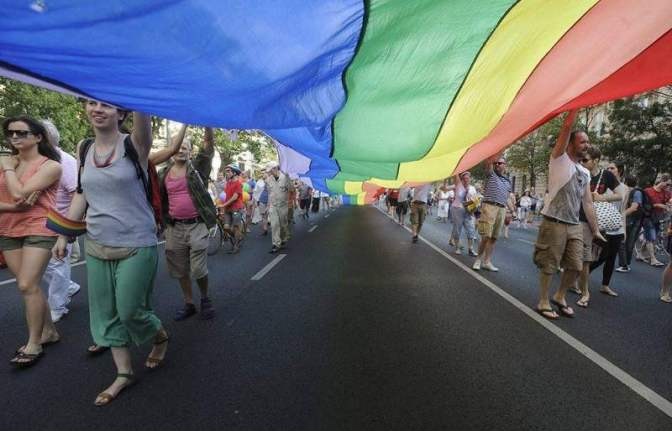 """Hazafiak a Budapest """"Pride""""-ról: megálljt kell parancsolni az abnormalitásnak! STOP SOROS & STOP Pride! 📺"""