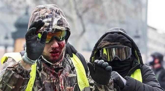 """Morvai a sokadik """"Magyarország vita"""" helyett a francia tömeges rendőri brutalitás napirendre vételét kérte a brüsszeli plenáris ülés megnyitásakor 📺"""