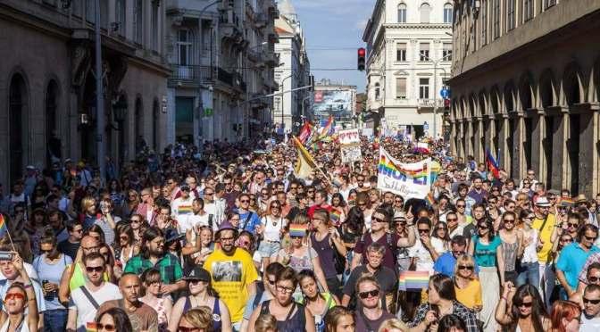 NJSZ a Pride menetről: aránytalan rendőri biztosítás és LMBTQ-s agresszió normalitáspárti hazafiakkal szemben