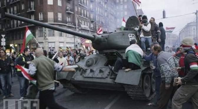1956-2006 : Tisztelet a népfelkelések bátrainak és főhajtás az áldozatoknak! Az ellenállóknak amnesztia, a felelősöknek büntetés jár!
